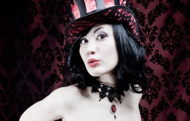 burlesque-fotoshooting-holzkirchen-shooting-devil