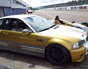 Tourenwagen fahren - 4 Runden BMW M3 Rennauto - Dijon - 4 Runden