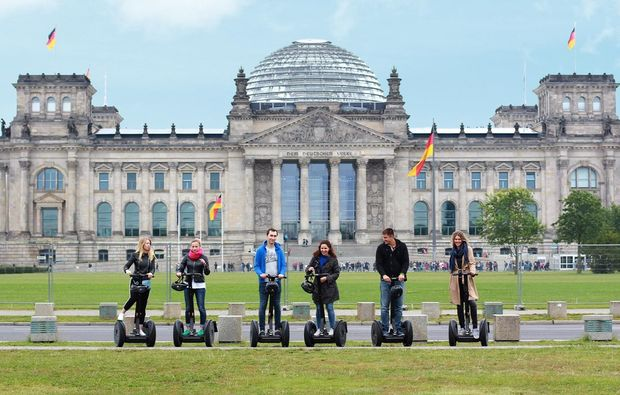 segway-city-tour-berlin-onroad