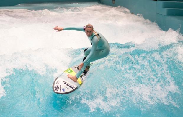 indoor-surfen-osnabrueck-erlebnis