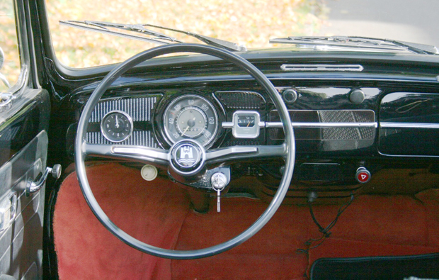 vw-kaefer-cockpit