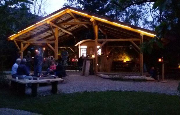 baumhaus-uebernachtung-sulzfeld-gemuetlich-grillen