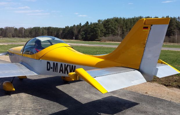 flugzeug-rundflug-amberg-90min-ul-gelb-silber