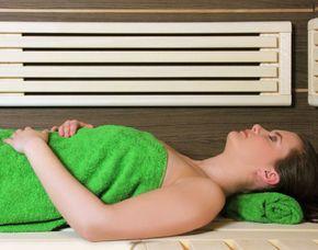 Spa Oasen Privatnutzung Saunalandschaft, Gesichtsbehandlung, Rückenmassage – 240 Minuten