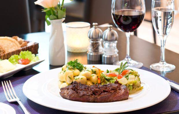 kuschelwochenende-hamburg-buchholz-dinner