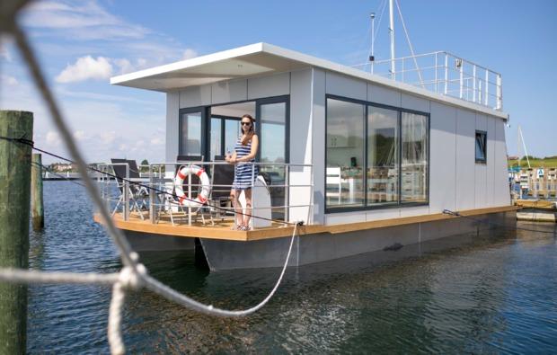 hausboot-uebernachtung-egernsund-bg1