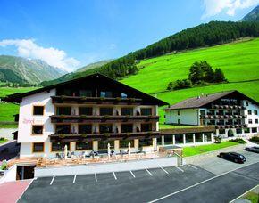 Kurzurlaub inkl. 30 Euro Leistungsgutschein - Berghotel Tyrol & Firn - Schnals Berghotel Tyrol & Firn