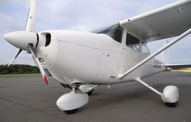 huenxe-flugzeug-selber-fliegen-40-minuten