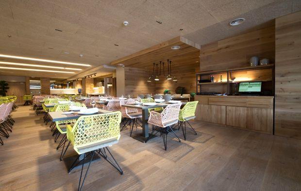 erlebnisreise-nach-sevilla-restaurant