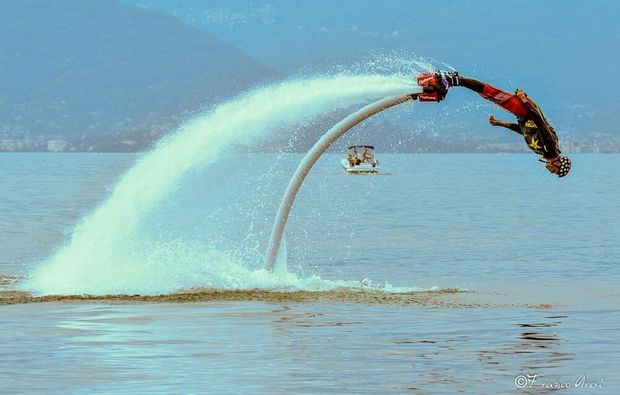 flyboarden-ispra-lago-maggiore-action