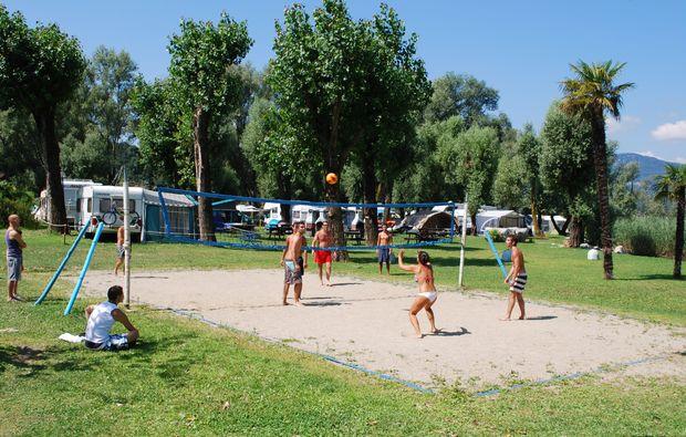 flyboarden-ispra-lago-maggiore-beachvolleyball