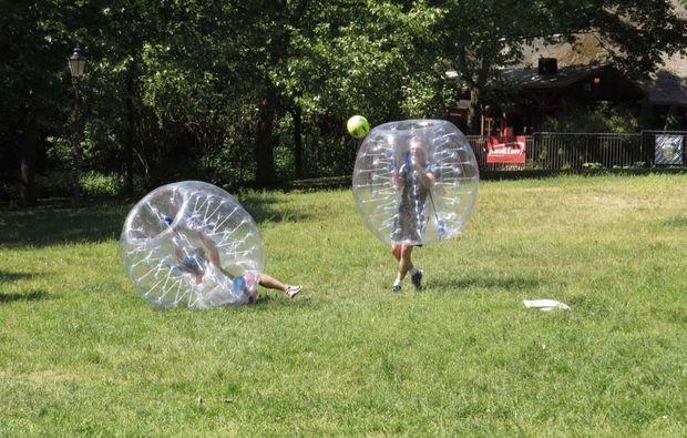 bubble-football-halle-fussball