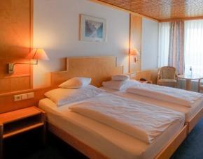 Romantik-Auszeit in Breisach 3 Tage / 2 Übernachtungen Hotel Stadt Breisach - Inkl.  3-Gang Abendmenü