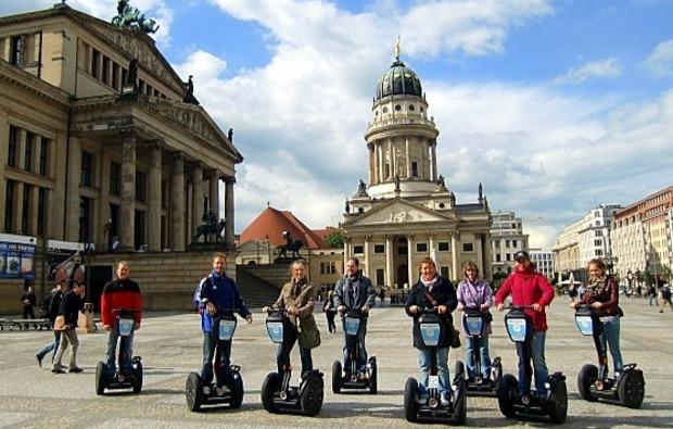 segway-city-tour-berlin-sightseeing