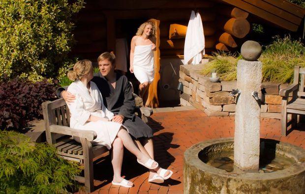 hot-stone-massage-gronau-liebe