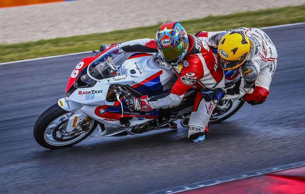 motorrad-renntaxi-klettwitz-drive
