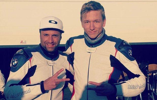 motorrad-renntaxi-klettwitz-friends