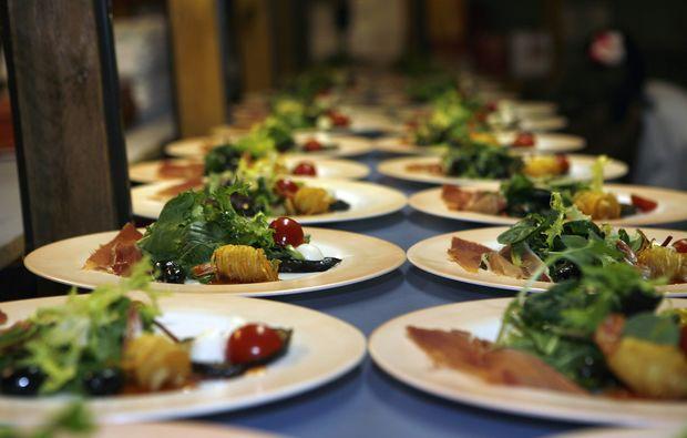 comedy-dinner-regensburg-gericht