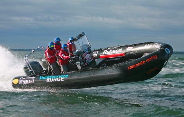speedboot-fahren-kiel-bg1