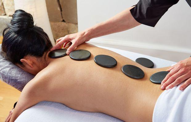 hot-stone-massage-nuernberg-relax