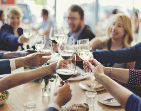 Weinverkostung für Zwei (Weingutführung) von 2 Weinen mit Weingutsführung