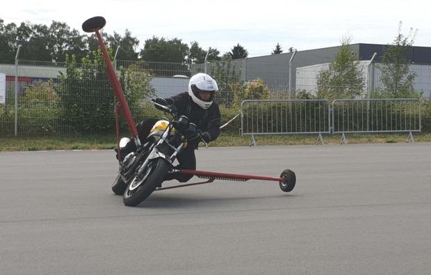 motorradtraining-schraeglage-neukirchen-vorm-wald-motorsport