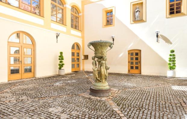 schlosshotel-trebotov-hof