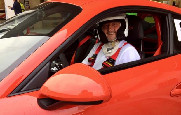 supersportwagen-selber-fahren-nuerburg-sportlich