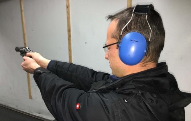 schiesstraining-gewehre-luhe-wildenau-pistole
