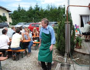 schnapsbrennen-prienbach-brennmeister