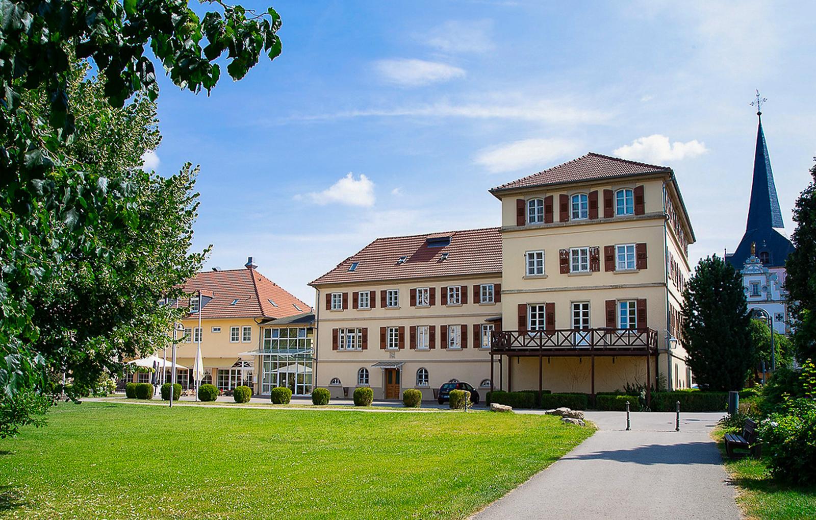 schlosshotels-neckarbischofsheim-bg1