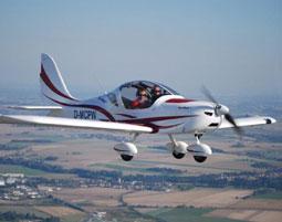 rundflug-sachsen-dresden-flugzeug