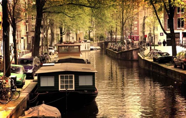 erlebnisreise-amsterdam-grachtenfahrt-bootsfahrt