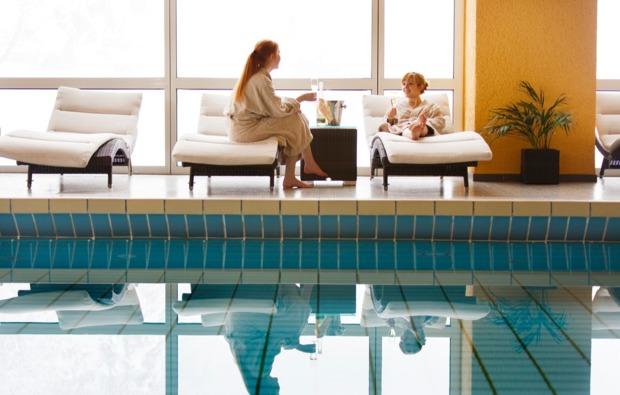 entspannen-traeumen-lenzkirch-saig-pool