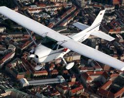 Romantik-Flugzeug-Rundflug Lan...