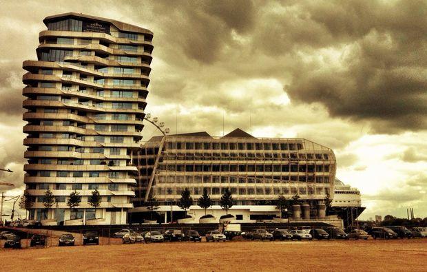 aussergewoehnliche-stadtfuehrung-hamburg-hochhaus
