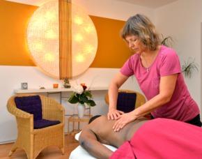Romance Wellness für Paare Fußbad, Peeling-Massage, Ganzkörpermassage