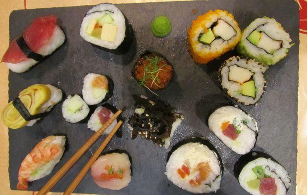 sushi-kochkurs-wuppertal-maki-lachs