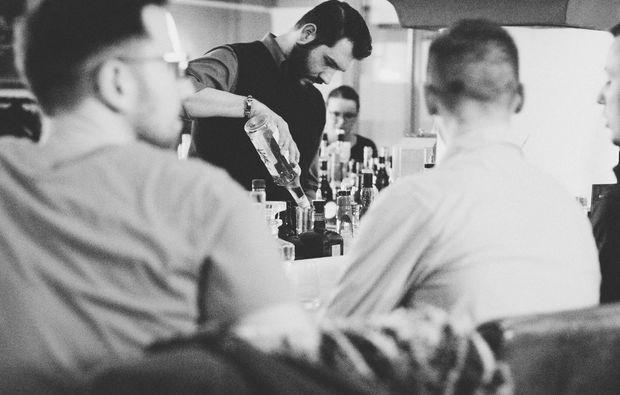 whisky-tasting-regensburg-barkeeper
