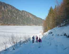 wandern-schneschuh-see