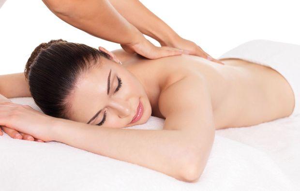 ayurveda-massage-augsburg-relaxing