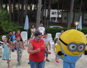 Familien-Abenteuer Hotel Alemagna - Zugang zum Privatstrand