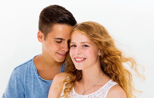 partner-fotoshooting-gelsenkirchen-lockige-haare