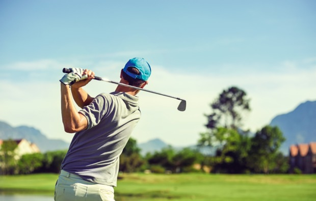 aktivurlaub-leogang-golf-abschlag