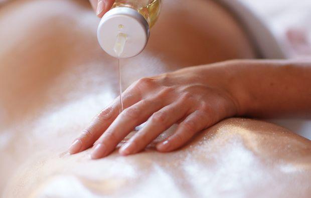 aromaoelmassage-illertissen-massage