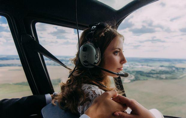 hochzeits-rundflug-straubing-hubschrauber
