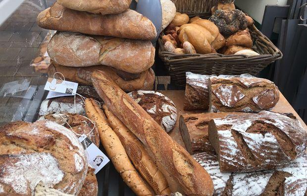 kulinarische-stadtfuehrung-berlin-brot-verkostung