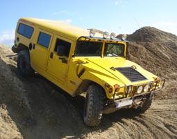 Hummer offroad fahren Pelm