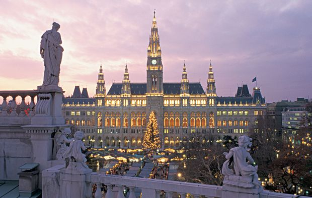 mini-kreuzfahrt-fuer-zwei-passau-weihnachtsmarkt