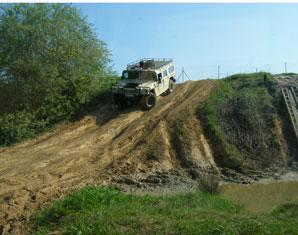 Hummer H1 offroad fahren - 30 Minuten - Langenaltheim Hummer H1 - Ca. 30 Minuten
